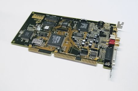 Sound Blaster AWE64 Gold Model CT4390 (1599995485)